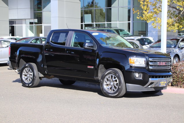 Pre-Owned 2016 GMC Canyon SLE 4X4* ALL-TERRAIN PKG, CONVENIENCE PKG, NAVIGATION, HEATED SEATS, BED LINER