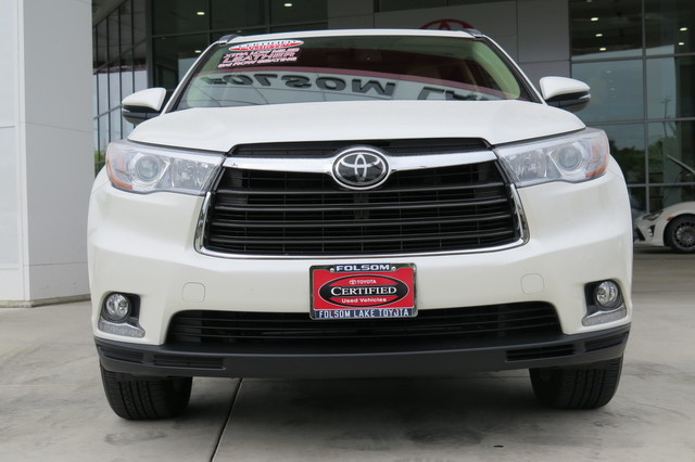 Certified Pre-Owned 2014 Toyota Highlander Limited Platinum V6* NAVIGATION, HEATED AND VENTILATED LEATHER SEATS, THIRD ROW SEAT, PANORAMA ROOF, ROOF RACK, BLIND-SPOT MONITOR, TOYOTA FACTORY CERTIFIED