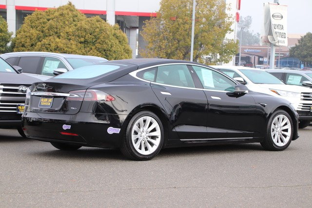 Pre-Owned 2018 Tesla Model S 75D AWD* NAVIGATION, HEATED SEATS, FRONT AND REAR PARKING SENSORS, BLIND-SPOT ALERT, STILL COVERED UNDER THE ORIGINAL NEW CAR FACTORY WARRANTY