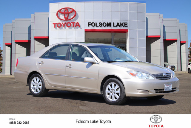 Pre-Owned 2002 Toyota Camry XLE V6* ONE OWNER,HEATED LEATHER SEATS, MOON ROOF., CD CHANGER