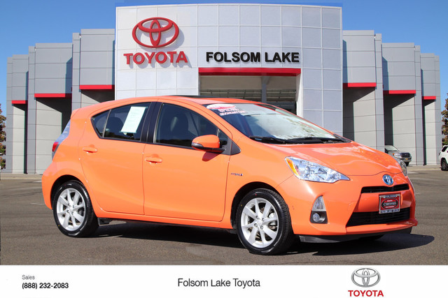 Certified Pre-Owned 2014 Toyota Prius c Four* NEW TIRES, ONE OWNER, NAVIGATION, HEATED SEATS, MOONROOF, TOYOTA FACTORY CERTIFIED