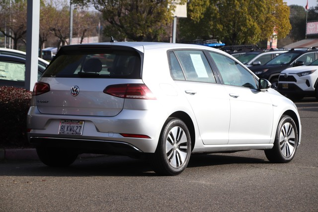 Pre-Owned 2019 Volkswagen e-Golf SE* ONE OWNER, DRIVER ASSISTANCE PKG, ADAPTIVE CRUISE, FORWARD COLLISION WARNING, BLIND SPOT MONITOR, HANDS FREE PHONE TECHNOLOGY, HEATED SEATS, STILL COVERED UNDER THE ORIGINAL NEW CAR FACTORY WARRANTY