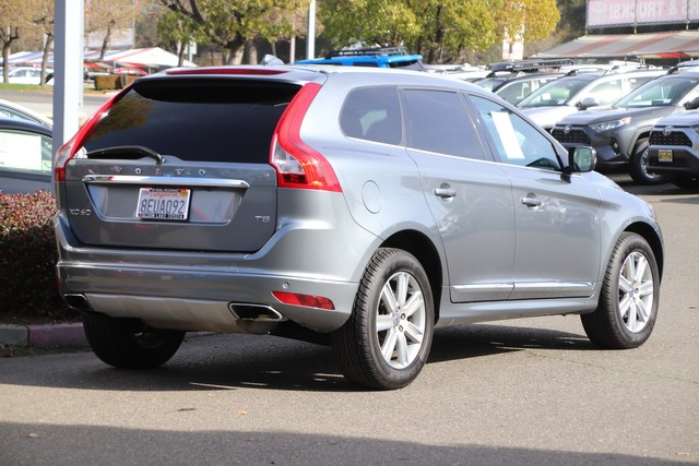 Pre-Owned 2017 Volvo XC60 Inscription* NAVIGATION, LEATHER, CRUISE CONTROL, POWER WINDOWS, POWER DOOR LOCKS
