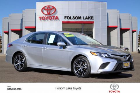 Pre-Owned 2019 Toyota Camry SE* DYNAMIC CRUISE CONTROL, LANE DEPARTURE WARNING SYSTEM, STILL COVERED UNDER THE ORIGINAL NEW TOYOTA FACTORY WARRANTY
