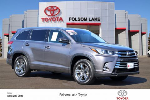 Certified Pre-Owned 2017 Toyota Highlander Limited Platinum AWD* NAVIGATION, HEATED AND VENTILATED LEATHER SEATS, THIRD ROW SEAT, ROOF RACK, BLIND-SPOT MONITORS, TOYOTA FACTORY CERTIFIED, STILL COVERED UNDER ORIGINAL TOYOTA FACTORY WARRANTY