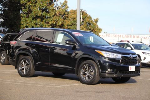 Certified Pre-Owned 2016 Toyota Highlander XLE AWD* NEW TIRES, ONE OWNER, NAVIGATION, HEATED LEATHER SEATS, THIRD ROW SEAT, MOONROOF, ROOF RACK, TOYOTA FACTORY CERTIFIED All Wheel Drive Sport Utility - In-Stock