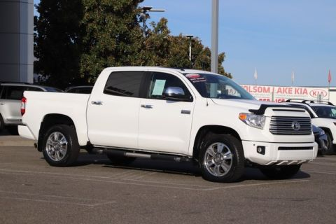 Certified Pre-Owned 2015 Toyota Tundra CrewMax Platinum 4X4* ONE OWNER, NAVIGATION, HEATED AND COOLED LEATHER SEATS, MOONROOF, TOYOTA FACTORY CERTIFIED Four Wheel Drive Pickup Truck - In-Stock