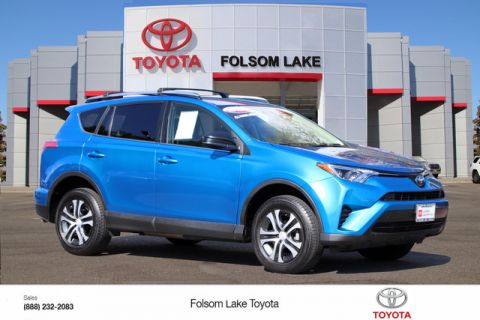 Certified Pre-Owned 2017 Toyota RAV4 LE AWD* ONE OWNER, DYNAMIC CRUISE CONTROL, LANE DEPARTURE WARNING, TOYOTA FACTORY CERTIFIED All Wheel Drive SUV - In-Stock